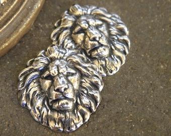 lot 2 pendants prints embossed silver metal African lion heads