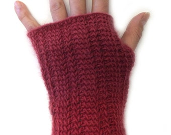 Tunisian Mitts Crochet Pattern WM2049