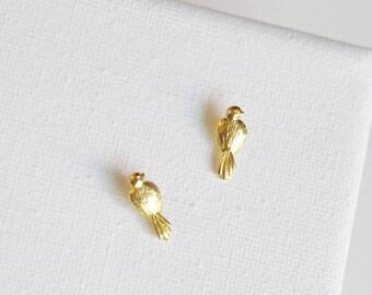SALE . bird stud earrings . simple bird studs . silver bird earrings . small bird jewelry . bird on a wire jewelry . woodland jewelry
