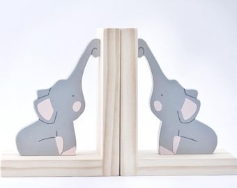 Elephant on Plain Sealed Timber Bookends, Childrens Bookends, Woodland Nursery, Woodland Kids Decor, Baby Shower Gift, Timber Decor, Wooden