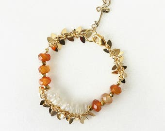 Carnelian and Moonstone Chips Stone Bracelet with Gold Chain and Music Note Charm, Mozart Inspired Jewelry