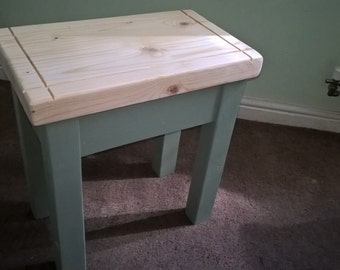Shabby Chic Stool - Grooved Detailed Seat