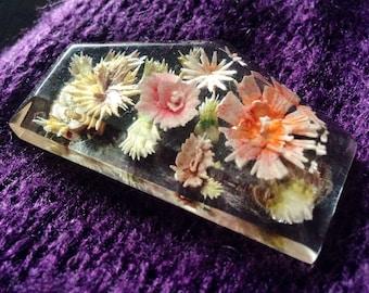 Vintage Resin Acrylic Wild Flowers Pin Brooch Jewelry