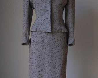 Beautiful 1950s Lilli Ann Wool Boucle Tweed Suit / 1950s Lilli Ann / Perfectly Tailored / Gorgeous Fabric / Medium