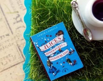 Alice in Wonderland Grass Book Pin / Brooch