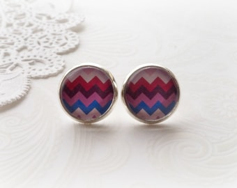 Round Glass Maroon Chevron Stud Earrings