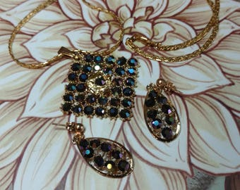 Unique  dark blue crystal pendant and earrings set