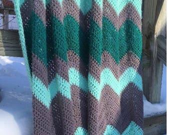 Relaxed Ripple Crochet Blanket Pattern, Chevron Crochet Pattern