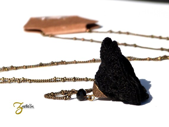 "Black Flower necklace long Necklace - Bead crochet flower - NASTURTIUM - boho jewelry / hippie - Mariage cérémonie - ""Gypsy Chic"" Collection"