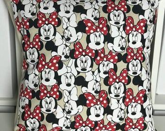 Minnie Mouse Cushion Cover