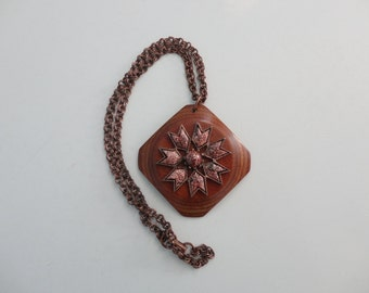 VINTAGE gold stone style WOOD pendant on copper chain NECKLACE