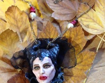 Ciondolo Maleficent / Maleficent polymer clay pendant