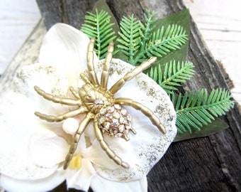 Swarovski Spider Orchid, Spider Hair Clip, Aracnid Fascinator Hair Clip, Spooky Hair Accessorie, Pinup, Tropical Spider, Ivory Orchid
