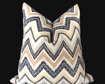 Modern pillow Cover, Throw Pillow, Chevron Pillow, Decorative Pillow, Pillow Covers 18 x 18, Accent Pillow, Pillow with zipper, pillows