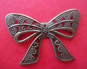 Pendant/embellishment in the shape of bow patterned bronze - 3.9 cm x 2.6 cm