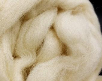 1 pound Cheviot combed top, roving, spinning fiber, felting fiber, fiber