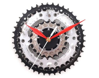 Bike Wall Clock, Bicycle Clock, Industrial Clock, Cyclist Gift, Silent Clock, Recycled Art Clock, Cycling Decor, Gear Clock, Sprocket Clock