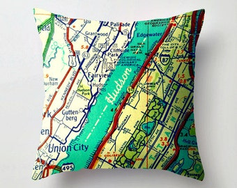Custom New York Pillow Covers 18x18, Vintage NY Maps, New York Home Decor, Wedding Gifts, New York USA, NY Throw Pillows, New York Gifts