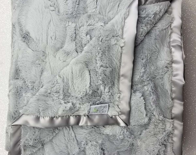 Minky Blanket, baby girl, blanket for girl, grey and white, silver and white, soft blanket, Luxe Silver Hide, Plush minky blanket, rose mink