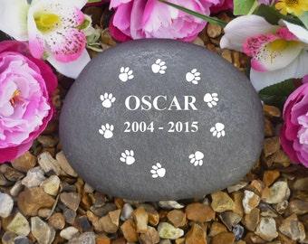 Personalised Pebble (Stone Effect) Large - Pet Memorial - Weatherproof - Personalised  - Paw Print Circle