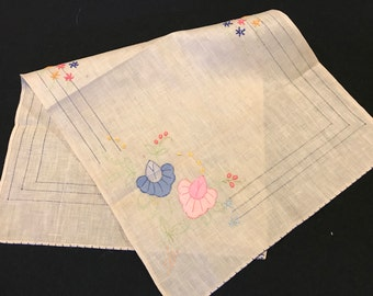 Vintage Ecru Table Runner with Pink and Blue Appliqué Flowers