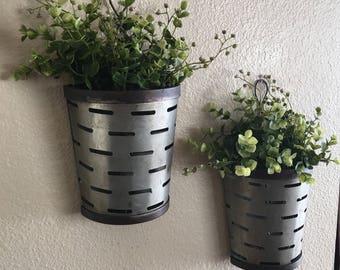 Olive Bucket Wall Vases, Rustic Wall Vase, Rustic Wall Decor, Farmhouse Wall Vases, Olive Bucket Vases, Wall Decor, Wall Planter, Home Decor