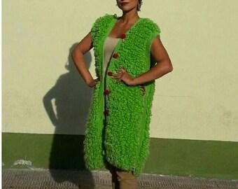 Wool vest.  Jersey woman. Coat.  Knitwear coat.  Design.  Handmade coat.  Chunky.  Chunky coat.  Knitwear woman.  Handmade vest.