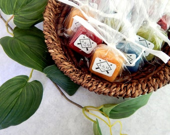 Wedding Monogram Favors Monogram Design Monogram Label Guest Soaps Wedding Soap Favor Arrows Custom Favor Initials Bridal Shower Favor Party