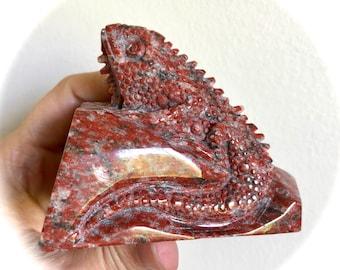 Lizard on Stone Carving Red Jasper 88mm 304g
