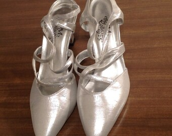 Vintage Silver Sling Strappy Shoes By PM Collection 8.5M