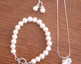 3 Simple Elegant Pearl and Initial Disc Bridesmaid Jewelry Gifts - Necklace, Earrings, Bracelet, Bridesmaid Gifts Weddings