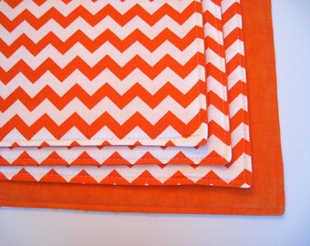 Orange Chevron Placemats Set of 4 or 6 Reversible Zig Zag Orange Chevron Placemats Fall Placemats Halloween Placemats