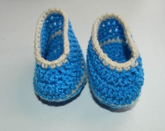 Blue and white baby booties size newborn to 3 months crocheted