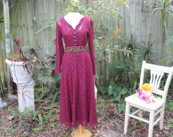 Sangria Dress | 80's/90's Victorian Style Maroon Long Sleeve Lace Maxi Dress - S/M