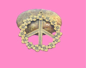 1 large pendant peace and love 40mm