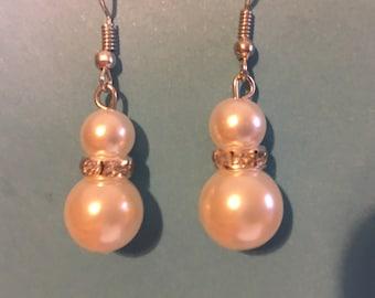 Rhinestone and pearl earrings  E3