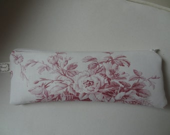 Small romantic flat clutch with roses on white caase