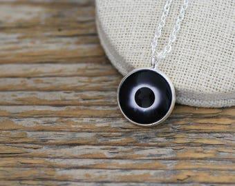 Eclipse solar Eclipse Solar, el collar, collar de sol, el sol, sol joyería, negro sol, collar de espacio, Sistema Solar collar, joyería de la galaxia