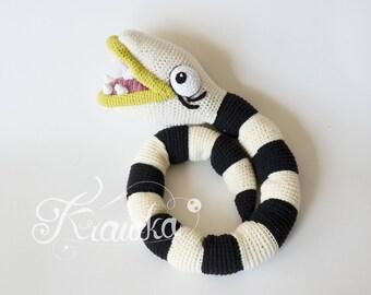 Crochet PATTERN No 1725 Nightmare The Creepy Snake - Halloween crochet pattern by Krawka,