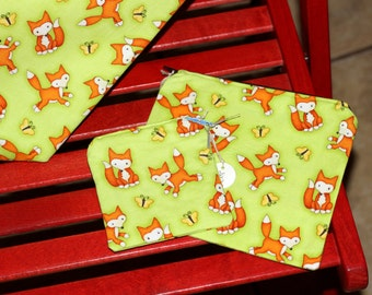Lime green zipper pouch and coin purse 100% cotton  with sweet foxes