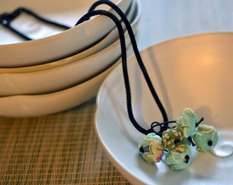 mini chirimen hanamaru necklace turquoise