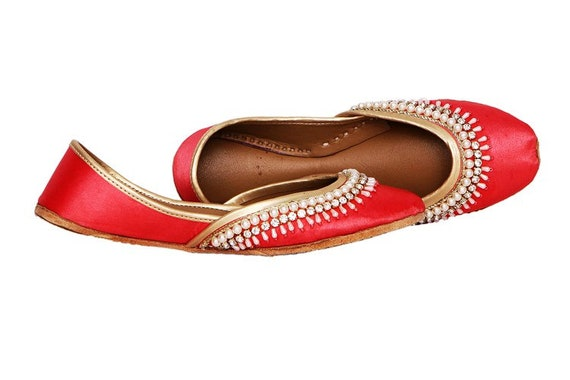 Bridal Shoes Red Ethnic Brooch Khussa Juti Kundan Shoes Embellished Flat Ballet Shoes Women Juttis Flats Indian Handmade Mojari pwnxO1AqU6