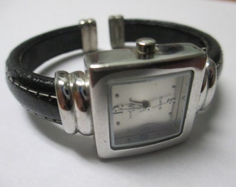 "Vintage lady's watch ""Express LA "" Quartz Genuine leather cuff  used watch"