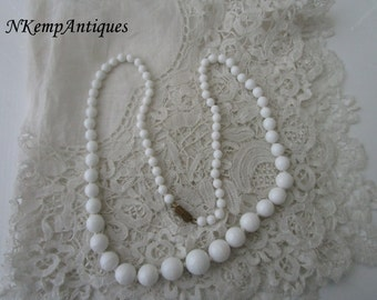 1950's white necklace glass
