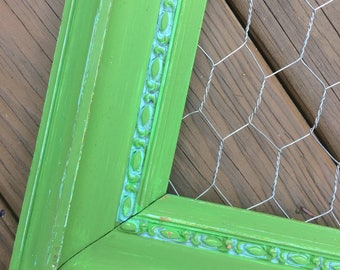 Green chickenwire, chicken Wire Frame, 13 x 16, Shabby Chic, farmhouse, Office Organization, Jewelry Storage, Memo Board