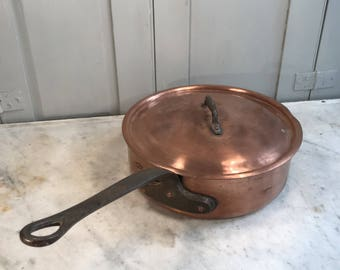 Antique French large copper saute pan by Pierre Vergnes Durfort