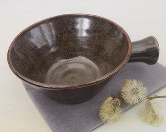 Handled bowl for soup, porridge, chilli, pasta...