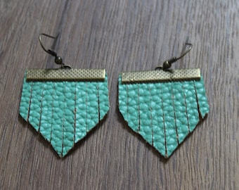 Mini Titan Leather Earrings - Seafoam Green