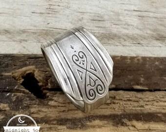 Silver Spoon Ring - Moderne Spoon Ring - Vintage Spoon Ring - Spoon Jewelry - Silverware Jewelry - Gift for Her - Deco Spoon Rings
