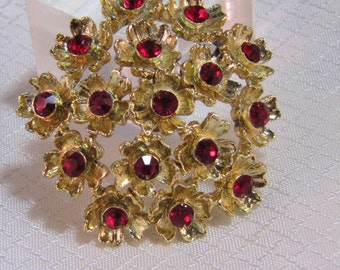 1960's Gold Flower Cluster Brooch with Red Rhinestone Centers
